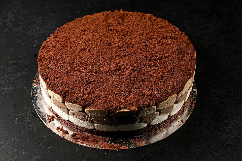 עוגת שלוש שוקולדים